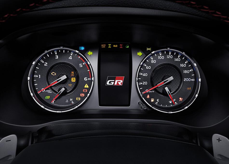 Hilux Revo GR Sport